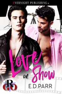 Love on Show!